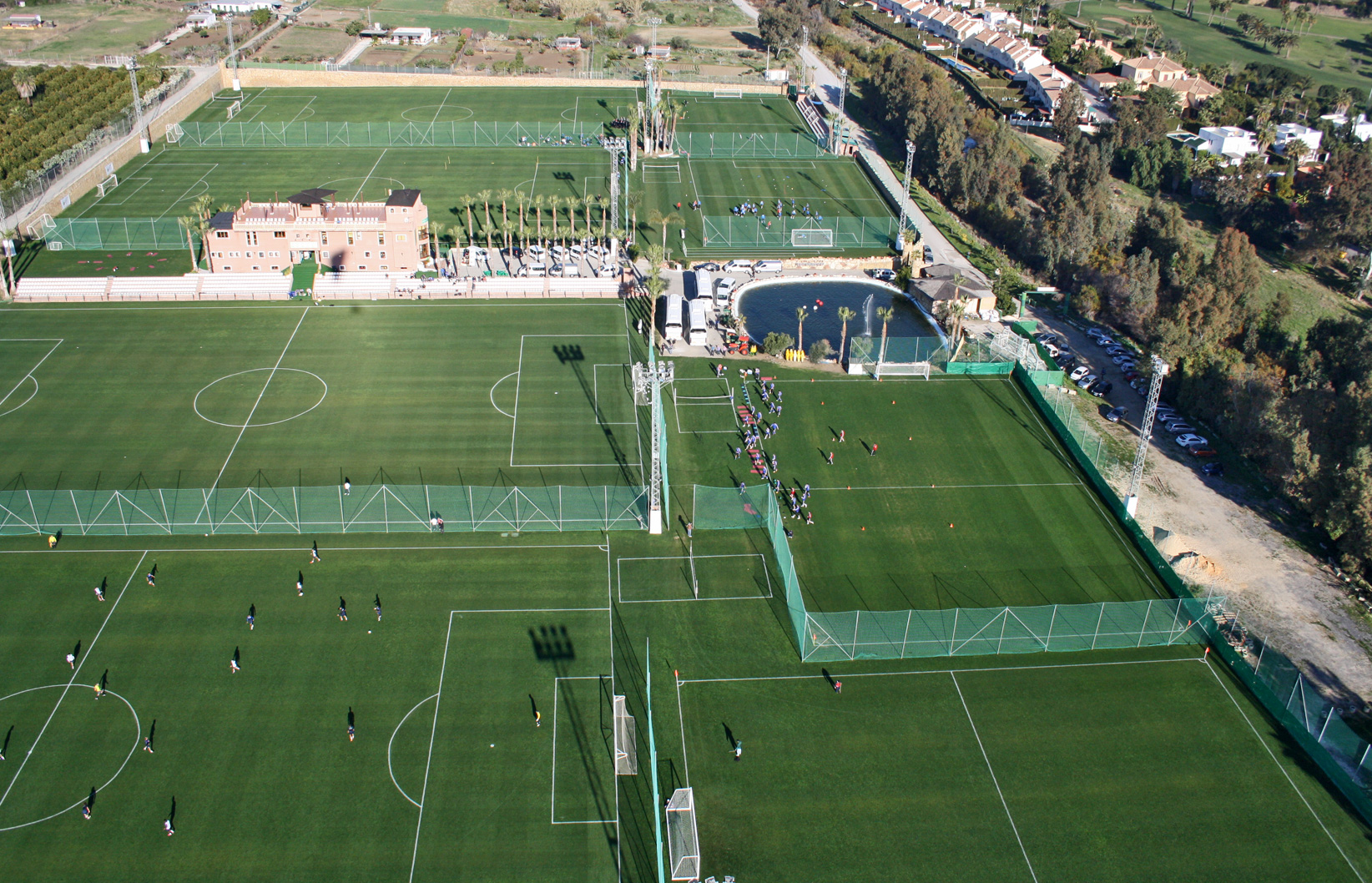 MARBELLA FOOTBALL CENTER 4 X F7 FLOODLIT PITCHES