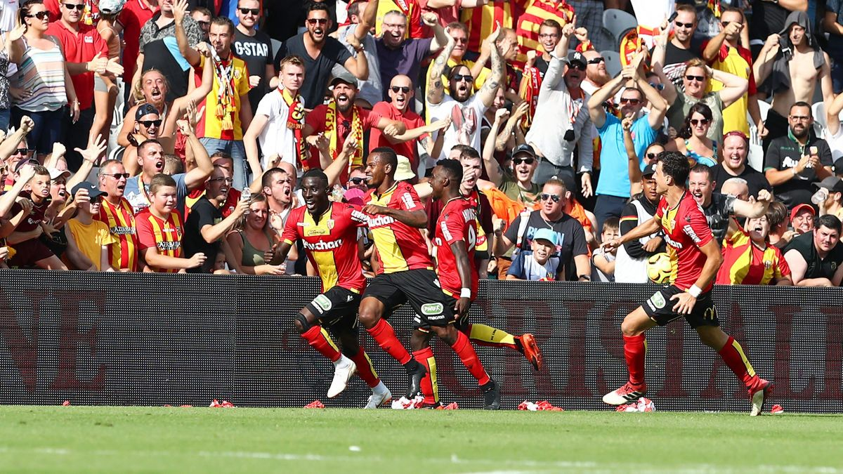 Rc Lens Undefeated Since November In Ligue 2 Marbella Football Center